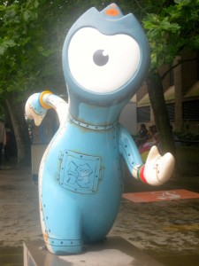 olympic mascot wedlock by the thames