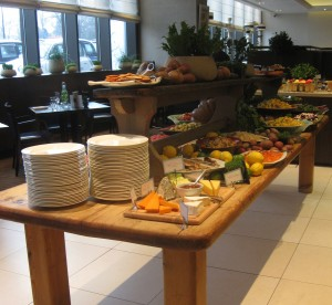 brunch at london intercontinental. copyright gretta schifano