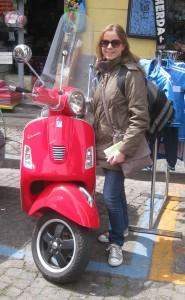 Guided Vespa Tour, Naples. Copyright Gretta Schifano