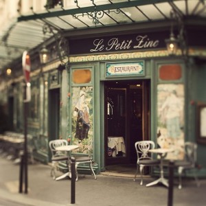 Bistro-Paris. Image from eye poetry.com