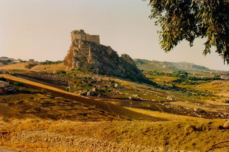 Castello Manfredonico, Mussomeli. Copyright Salvatore Schifano
