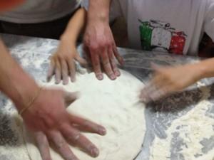 Pizza lesson, Sorrento. Copyright Gretta Schifano