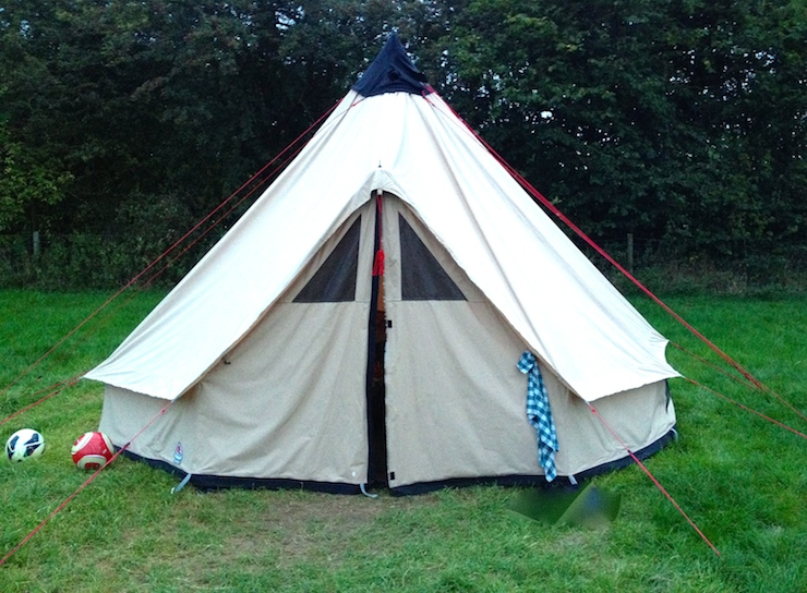 Embers safari tent. Copyright Gretta Schifano