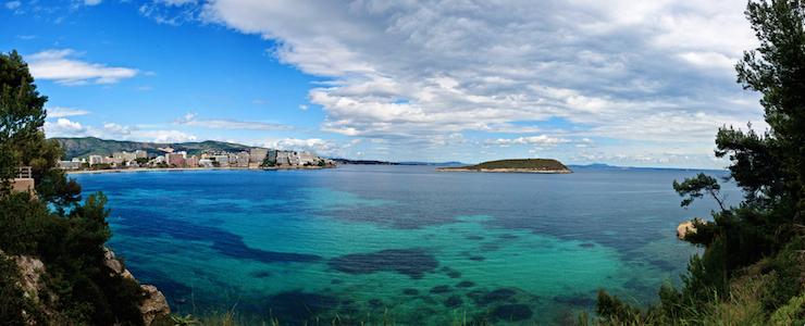 Magaluf coast. Image courtesy of Travel Republic