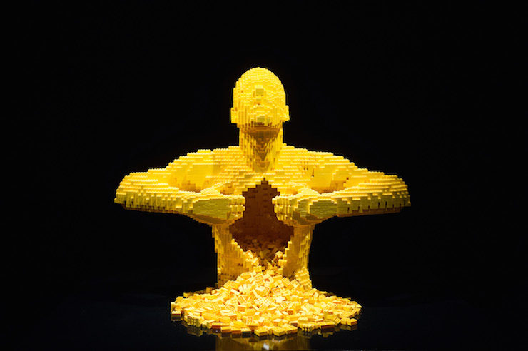 THE ART OF THE BRICK by Nathan Sawaya. Image courtesy of Jane Hobson