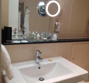 Bathroom, Royal Garden Hotel. Copyright Gretta Schifano