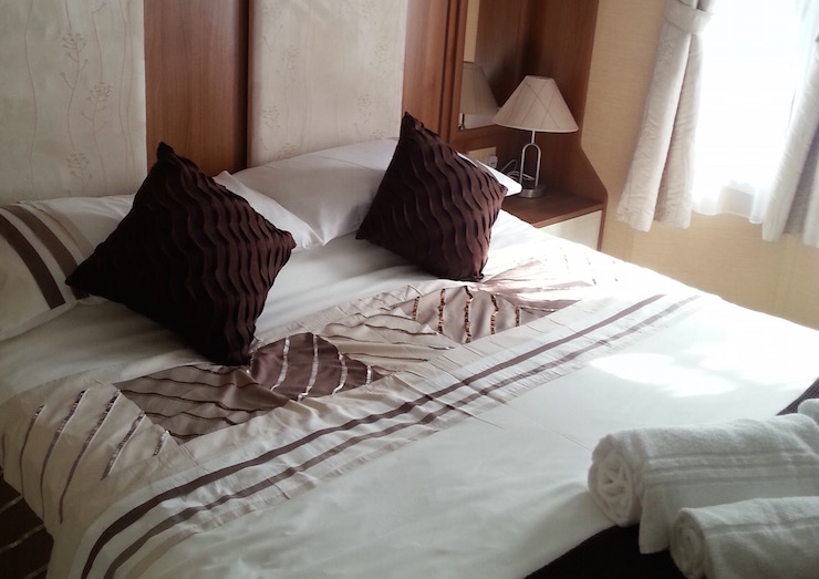 Double room at Kelling Heath Holiday Park. Copyright Lorenza Bacino