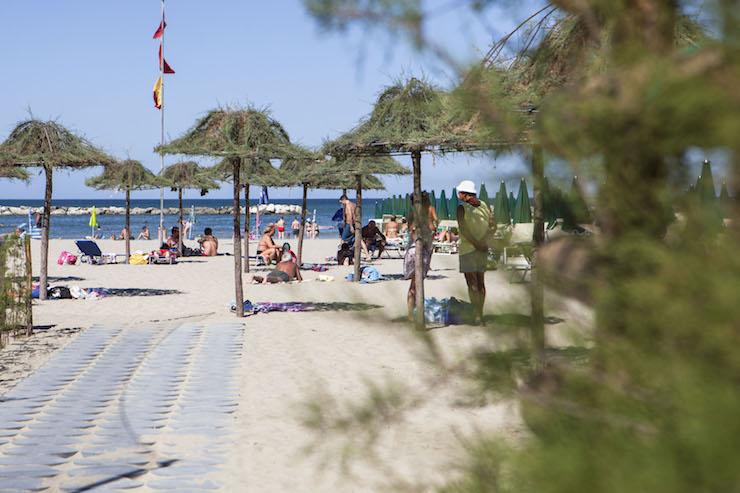 Beach at Cesnatico. Copyright G. Salvatori