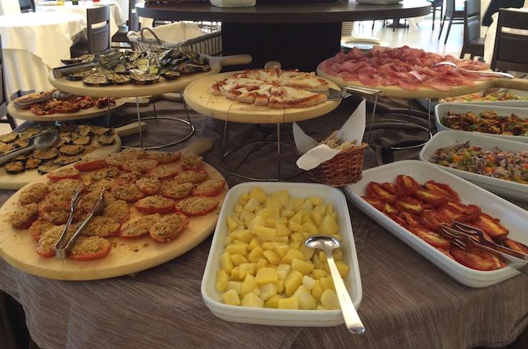 Antipasti buffet, Hotel Tiffany. Copyright Gretta Schifano