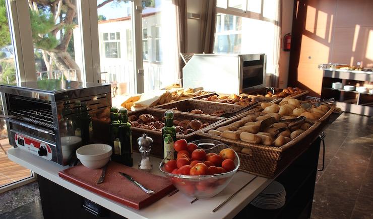 Breakfast buffet at Hotel Silken Park San Jorge. Copyright Gretta Schifano