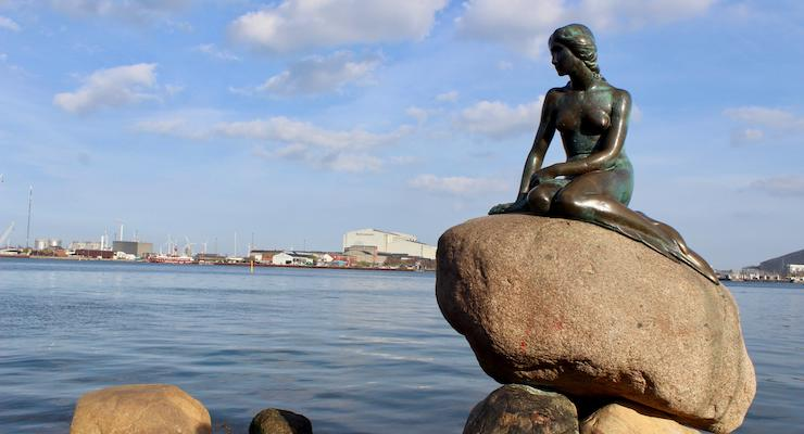 Little Mermaid, Copenhagen. Copyright Gretta Schifano