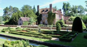 Gardens at Groombridge Place, Kent. Copyright Gretta Schifano