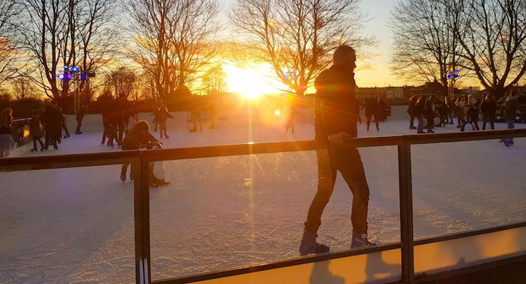 Sunset at Hampton Court ice rink, London. Copyright Cathy Winston, Mummytravels.com