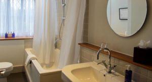 'Catherine of Braganza' bathroom, New Park Manor, New Forest. Copyright Gretta Schifano