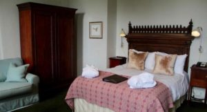 'Catherine of Braganza' room, New Park Manor, New Forest. Copyright Gretta Schifano