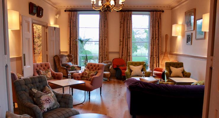 Lounge, New Park Manor, New Forest. Copyright Gretta Schifano
