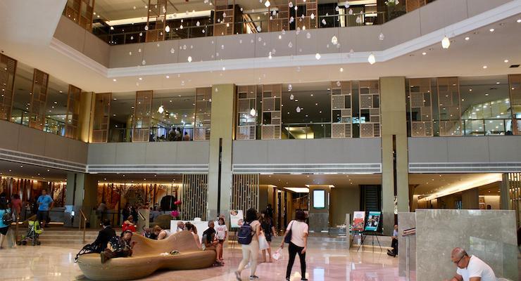 Amari Watergate Bangkok lobby. Copyright Gretta Schifano