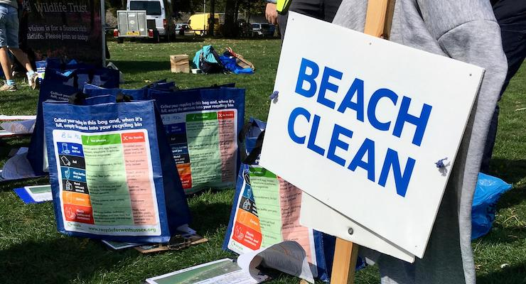 Meeting point, Great British Beach Clean, Worthing. Copyright Gretta Schifano