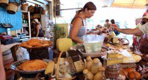 Food market, Syracuse, Sicily. Copyright Gretta Schifano